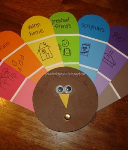 10 Thanksgiving Crafts Kids Love