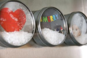 snowglobe-magnet-diy-christmas-winter-craft12