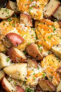 gallery-1455837174-delish-slow-cooker-chicken-1