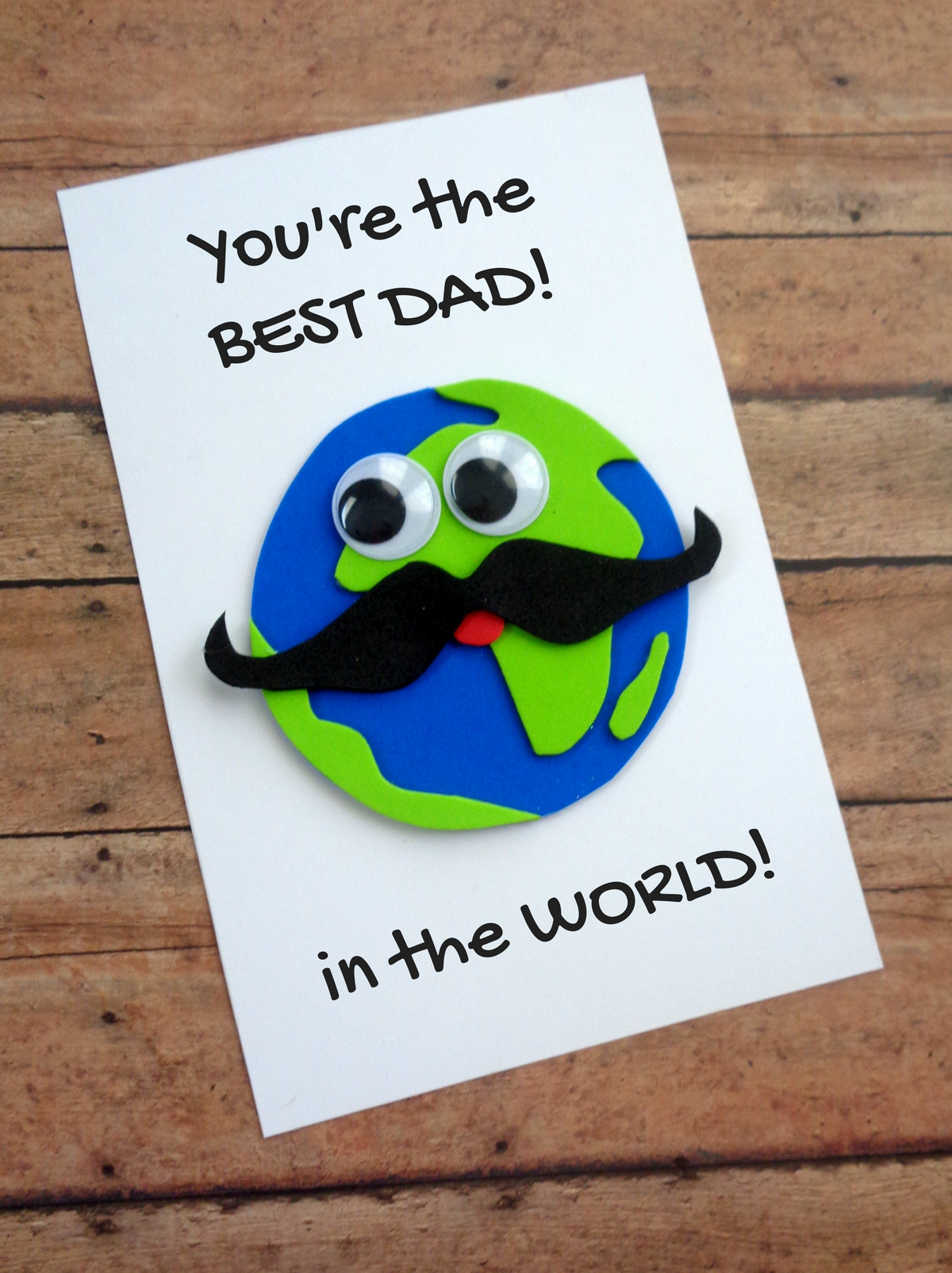 Celebrating Father's Day with This Fun DIY Card