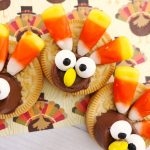 Turkey Oreos For a Fun Kids Thanksgiving Snack